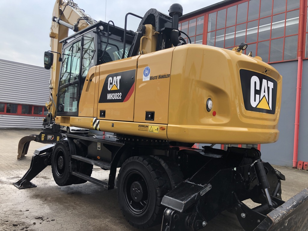 PELLE MANUTENTION CATERPILLAR MH3022-06C PM040