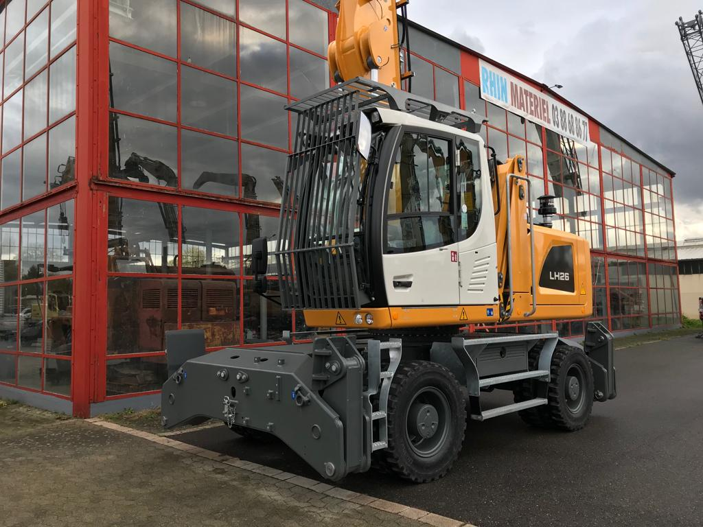 PELLE MANUTENTION LIEBHERR LH26M  PM050
