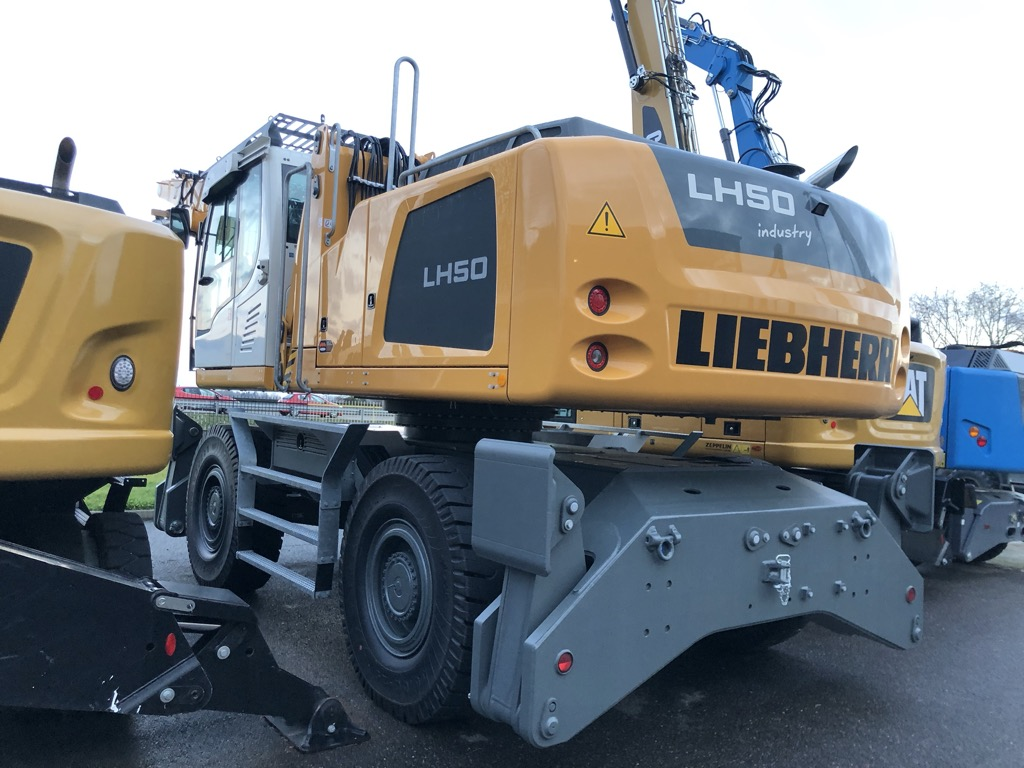 PELLE MANUTENTION LIEBHERR LH50M  PM051
