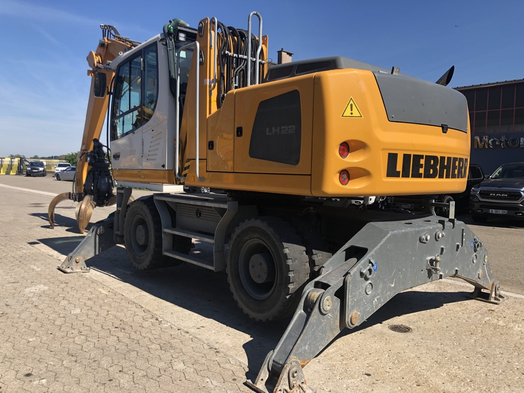 PELLE MANUTENTION LIEBHERR LH22M  PM053