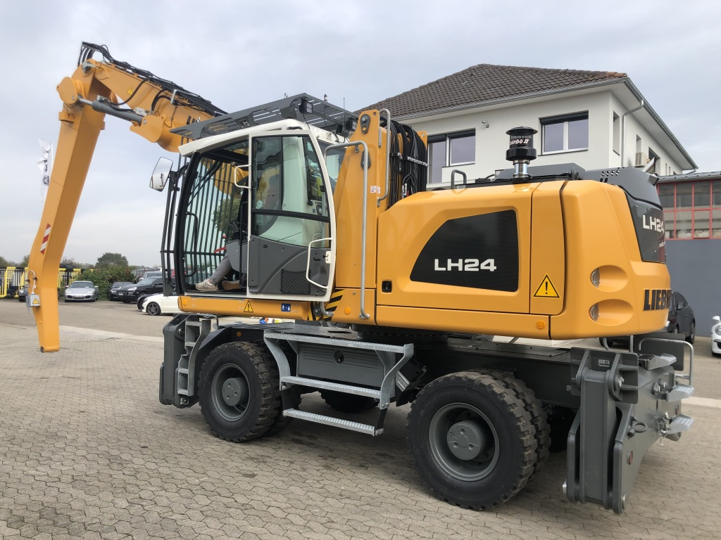PELLE MANUTENTION LIEBHERR LH24M PM055
