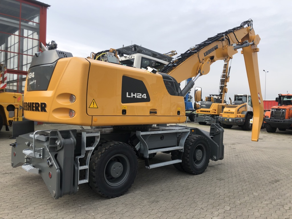 PELLE MANUTENTION LIEBHERR LH24M PM054